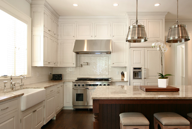 2.5 Ton Ac Unit Kitchen Traditional with Apron Sink Beadboard Breakfast Bar Cabinet Front Refrigerator Ceiling