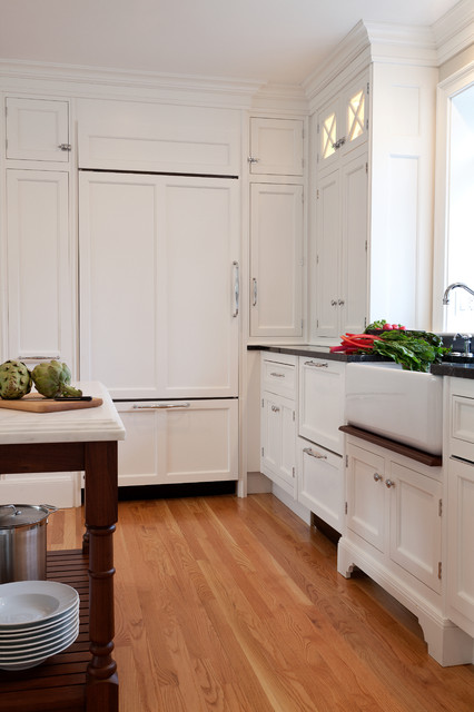 Apron Sinks Kitchen Traditional with Apron Sink Cabinet Front Refrigerator Farmhouse Sink Kitchen Island