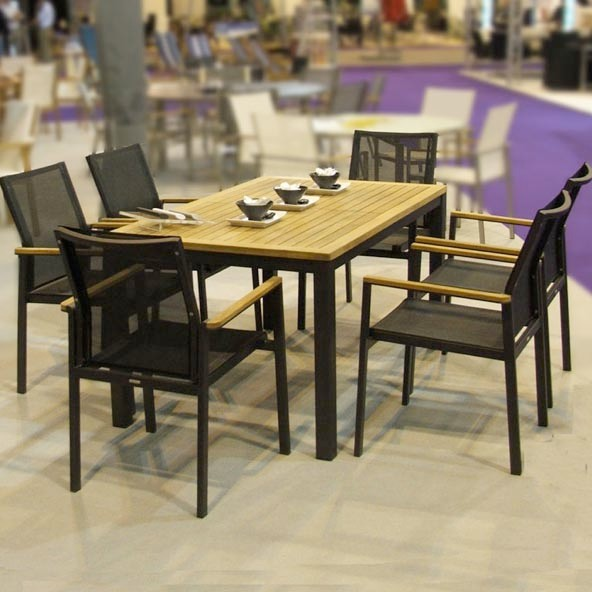 Barlow Tyrie Landscape Contemporary with Authenteak Barlow Tyrie Barlow Tyrie Mercury Sling Dining Armchair