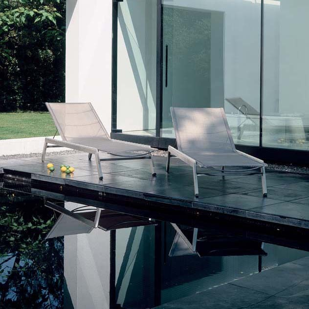 Barlow Tyrie Landscape Contemporary with Authenteak Barlow Tyrie Barlow Tyrie Chaise Lounges Barlow Tyrie1