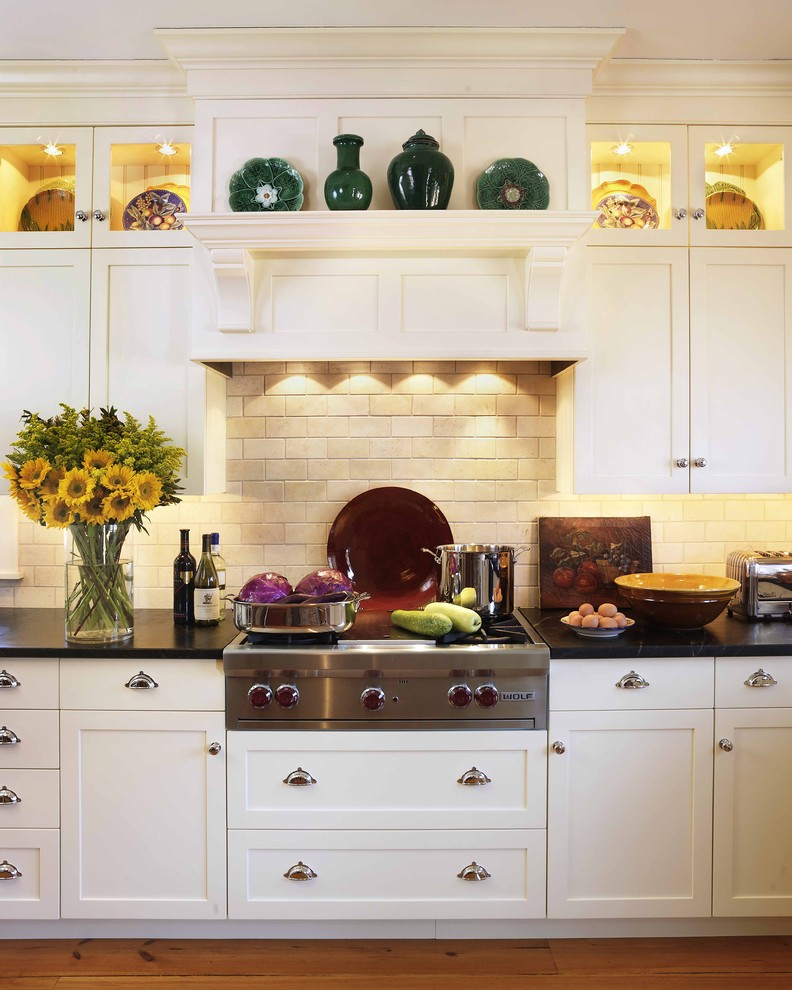 bertazzoni range reviews Kitchen Traditional with crown molding - display shelves crown molding