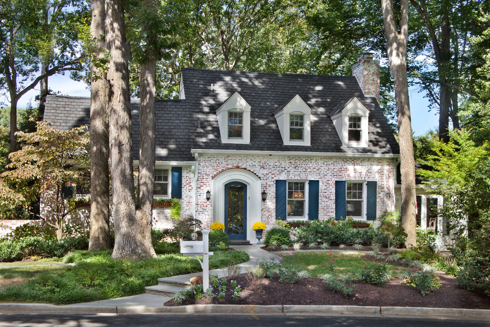 brick mailbox Exterior Traditional with arch entryway arched entry arched front door