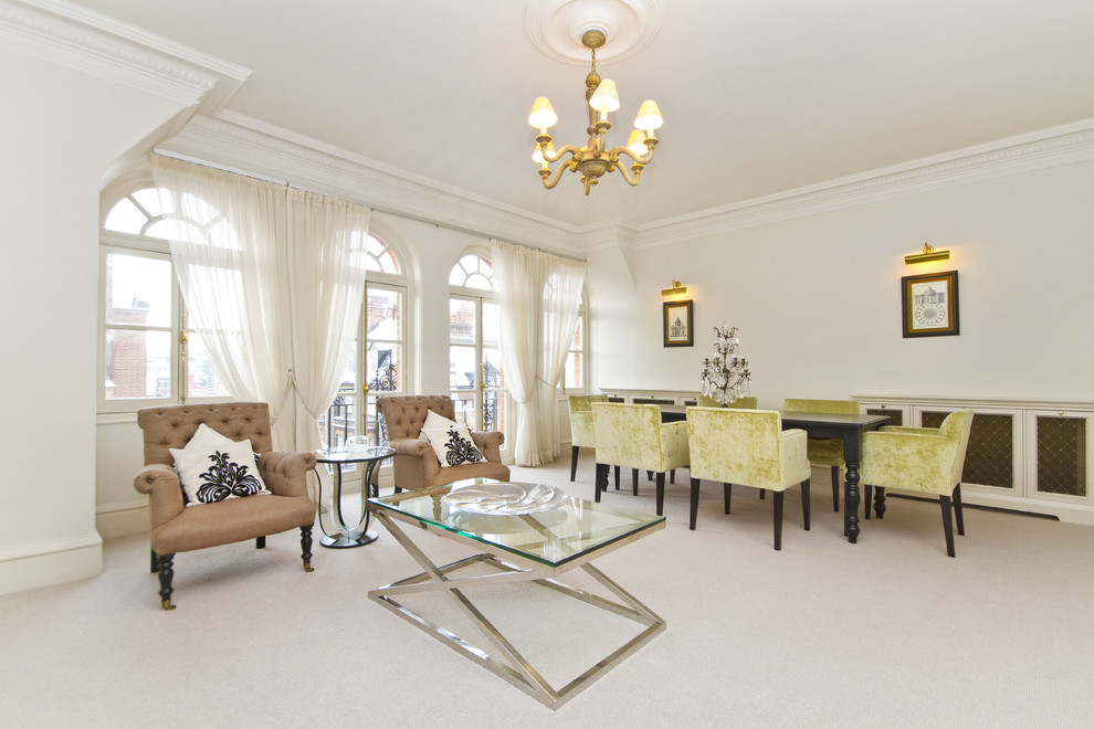 Ceiling Medallions Living Room Traditional with Baseboards Casement Windows Ceiling Medallion Chandelier Crown