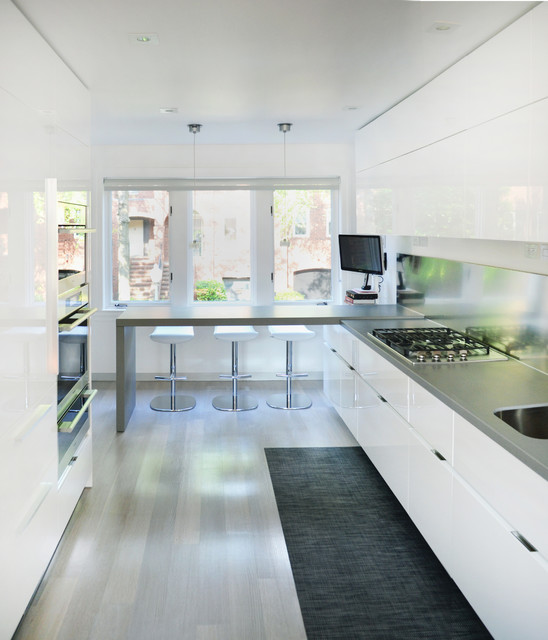 Chilewich Kitchen Contemporary with Black Runner Bleached Wood Breakfast Peninsula Contemporary Kitchen Cooktop