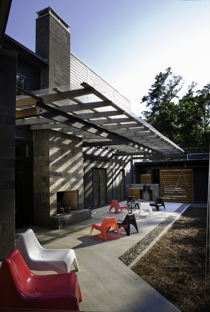Corrugated Plastic Roofing Patio Modern with Backyard Barndoor Canopy Colorful Patio Furniture Concrete Block Exterior