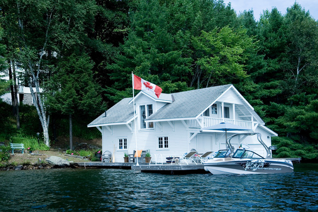 Decorative House Flags Exterior Rustic with Balcony Boat House Cabin Dock Flag Pole Lake House