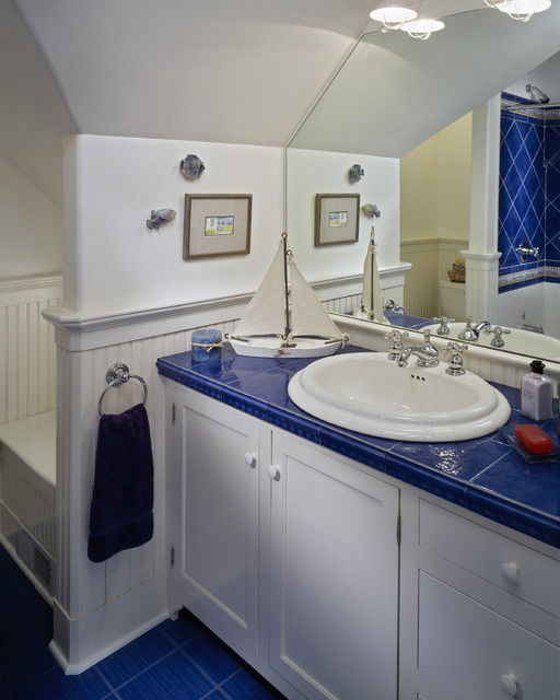 dishwashing detergent Bathroom Traditional with beach beadboard blue tile sailing theme slanted ceiling tiled