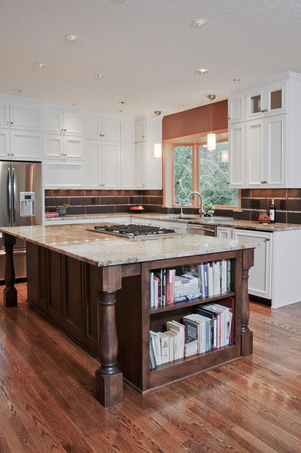 downdraft cooktop Kitchen Traditional with bookshelves cookbooks cooktop cream granite granite countertops island kitchen