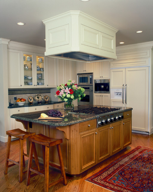 Downdraft Range Kitchen Traditional with Area Rug Breakfast Bar Cabinet Front Refrigerator Ceiling Lighting