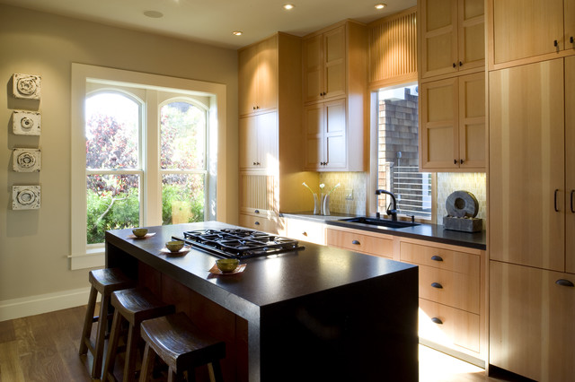 Downdraft Vent Kitchen Contemporary with Breakfast Bar Cabinet Front Refrigerator Ceiling Lighting Eat In