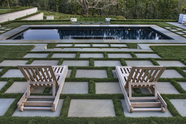 drip irrigation kit Landscape Contemporary with chaise longue chaise lounge geometric geometry grass between pavers