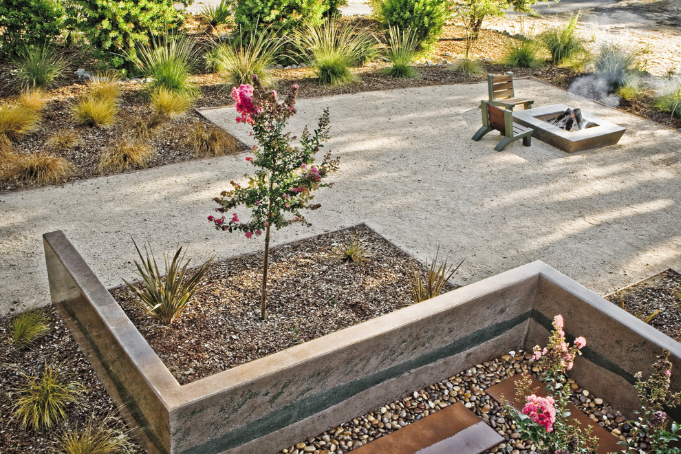 Drought Resistant Landscaping Landscape Contemporary with Garden Wall Geometric Geometry Grasses Gravel Mass