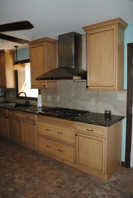 Duraceramic Kitchen Traditional with Categorykitchenstyletraditionallocationunited States