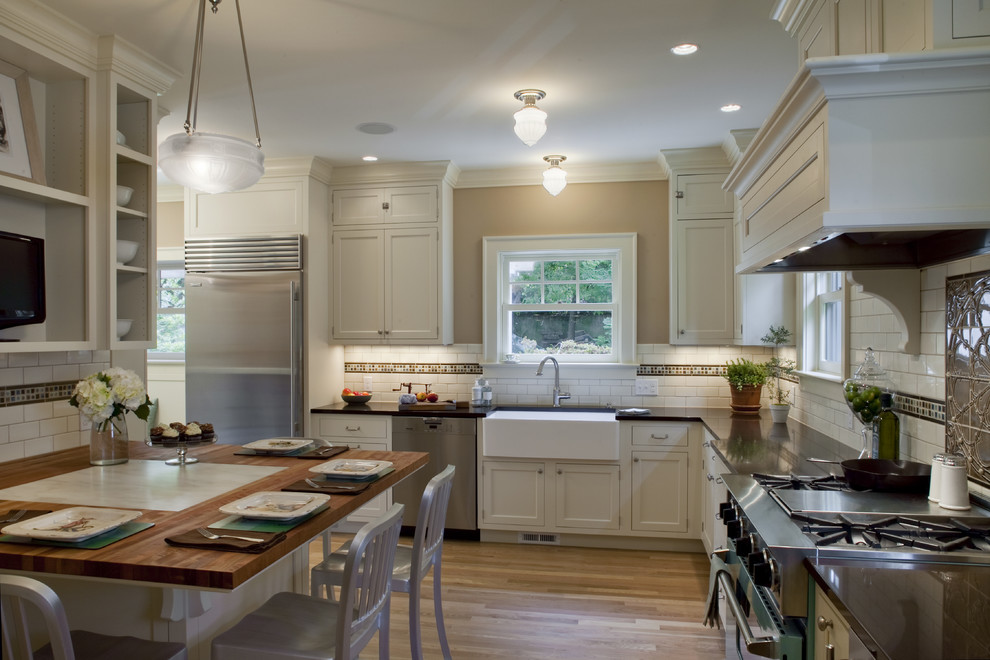 Franke Sinks Kitchen Traditional with 1920 Colonial Calacutta Marble Honed Inset in Table