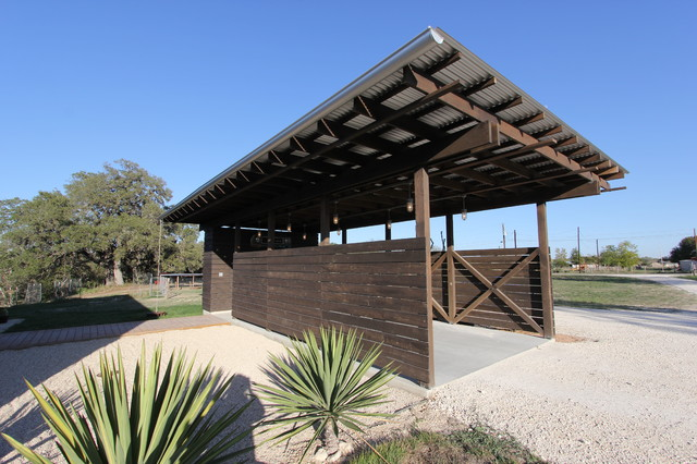 Galvanized Roofing Garage and Shed Industrial with Car Port Carport Comtemporary Carport Corrugated Roof Desert Landscape