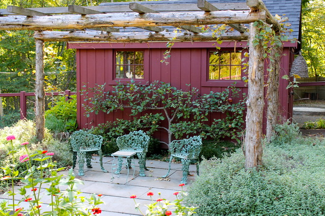 Garden Treasures Pergola Patio Traditional with Arbor Burgundy Climbing Plants Fence Flowers Landscaping Natural Wood