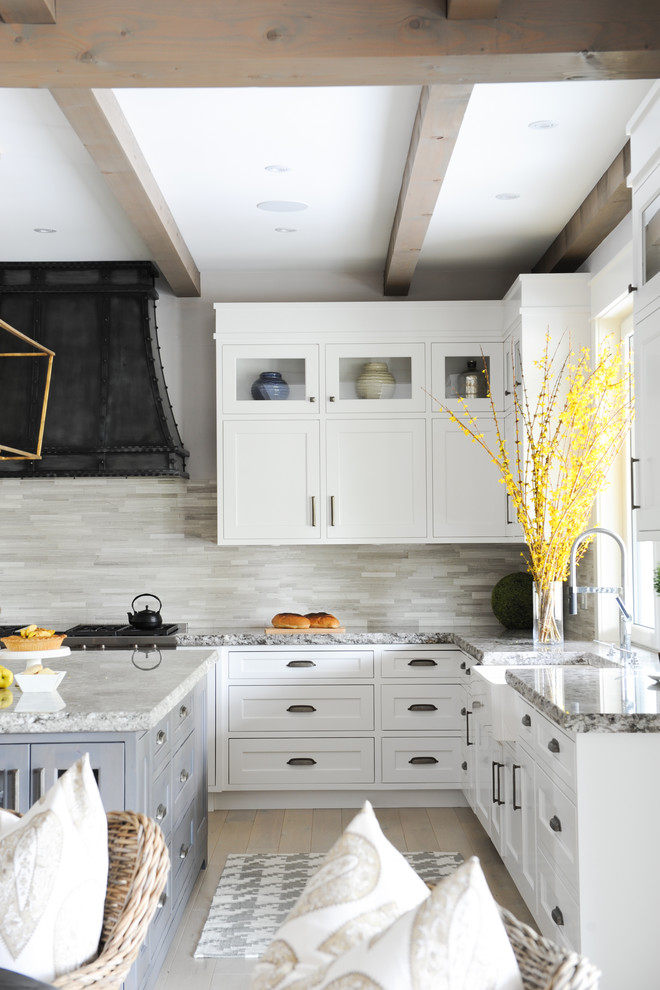 Houndstooth Rug Kitchen Farmhouse with Beamed Ceiling Chandeliers Country Home Gray Island