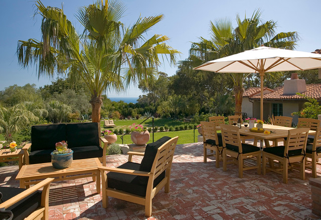 Kingsley Bates Patio Traditional with 1920s 1930s Andalusian Architecture Black Outdoor Cushions Brick California