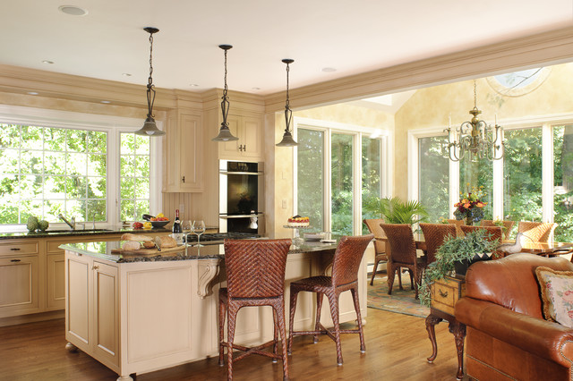 Kitchen Dinette Sets Kitchen Traditional with Breakfast Bar Ceiling Lighting Crown Molding Eat in Kitchen