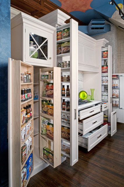 Kraftmaid Cabinetry Kitchen Traditional with Cooktop Dark Wood Floor Food Organization Food Storage Glass