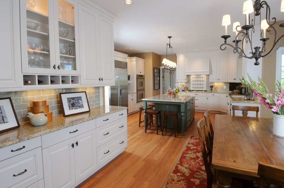 Linear Chandelier Kitchen Traditional with Breakfast Bar Country Kitchen Eat in Kitchen