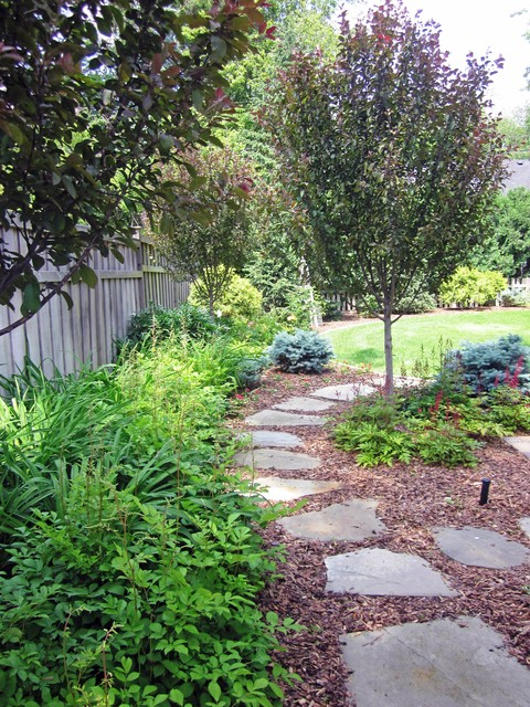 Lowes Rubber Mulch Landscape Traditional with Bark Mulch Fence Flagstone Grass Landscape Design Path Pavers