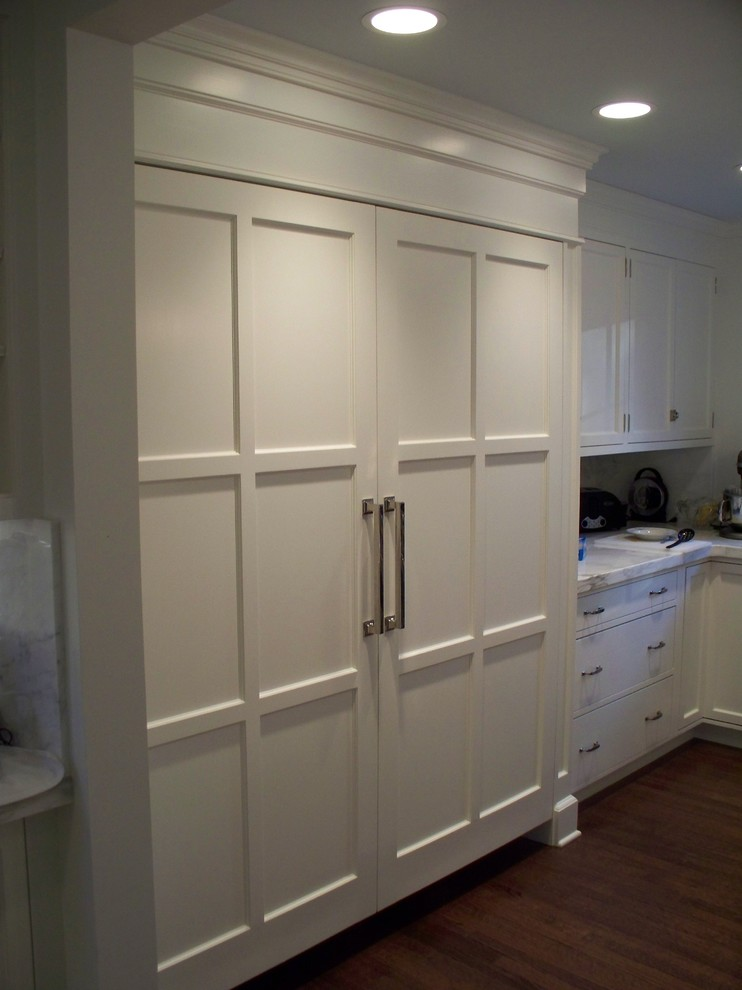 miele refrigerator Kitchen Traditional with cabients kitchen