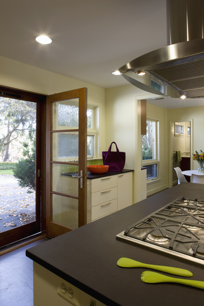 Paperstone Countertops Kitchen Modern with Daylight Entry Green Kitchen Laundry Room Breakfast