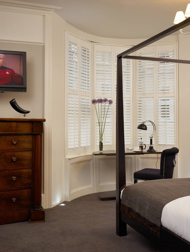 plantation blinds Bedroom Contemporary with bay window bedroom carpet black and grey