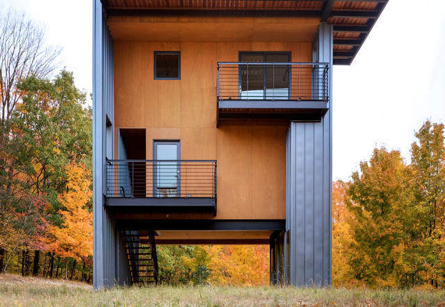 plywood-siding-Exterior-Contemporary-with-autumn-leaves ...