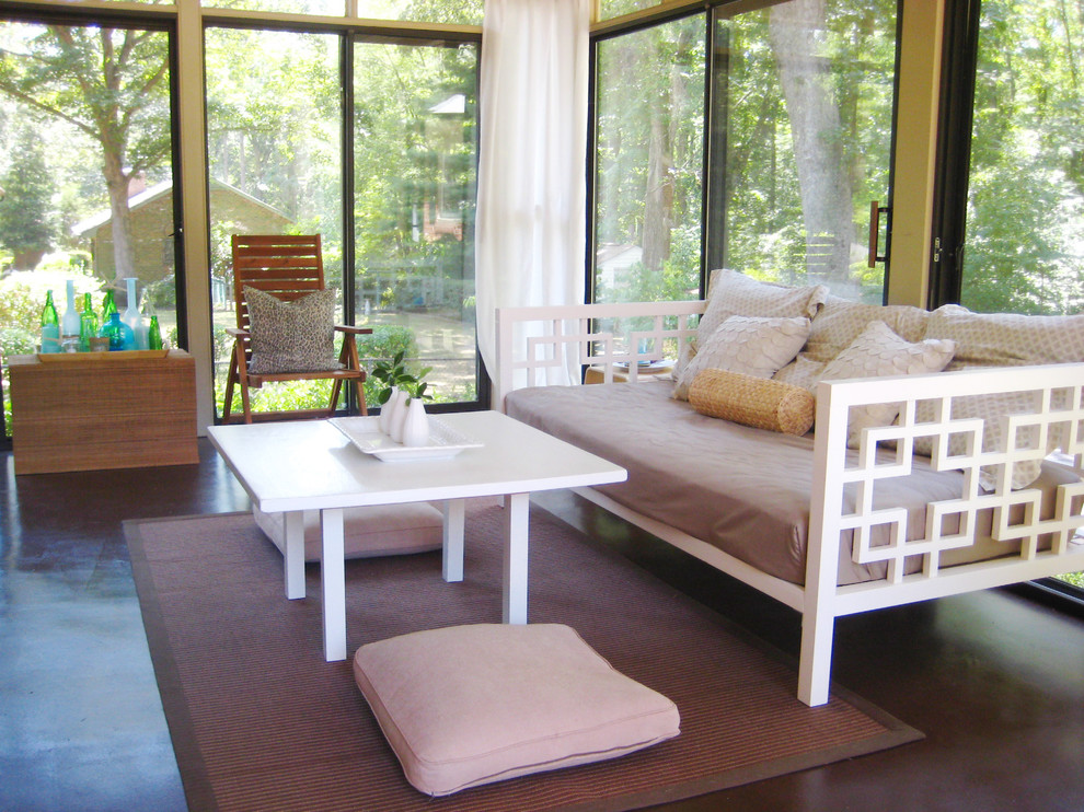Queen Daybed Porch Contemporary with Sunroom