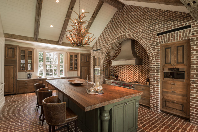Reclaimed Wood Houston Kitchen Rustic with Antler Chandelier Arched  Recessed Wall Barrel Back Leather Bar - Reclaimed-wood-houston-Dining-Room-Shabby-chic-with-archway-beams