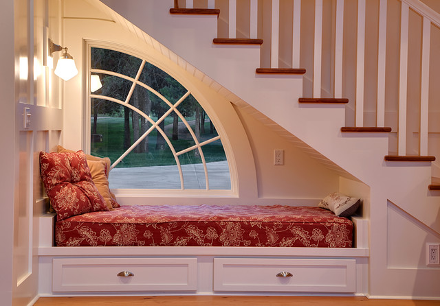Sleep Science Mattress Staircase Traditional with Accent Window Built in Bench Daybed Nook Railing Sconces Wainscoting