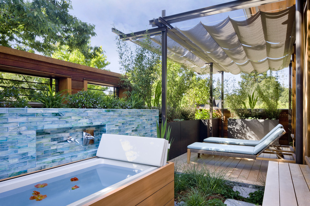 Soaking Tubs Porch Contemporary with Arterra Llp Landscape Built in Planters Duravit
