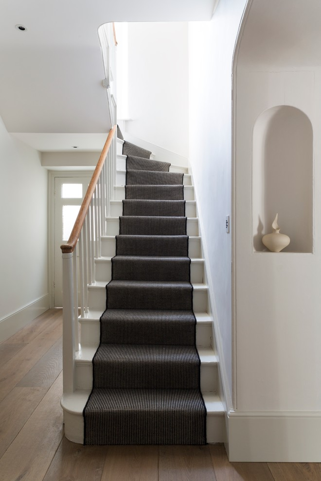 Stair Runner Staircase Victorian with Black and White Entry Niche Stair Runner1