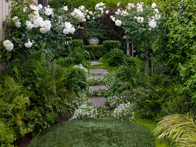 sweet jojo designs Landscape Shabby-chic with artificial turf path pavers planting between pavers roses side