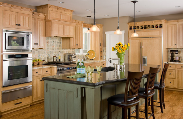 Thomasville Lighting Kitchen Traditional with Board and Batten Breakfast Bar Cabinet Front Refrigerator Ceiling1