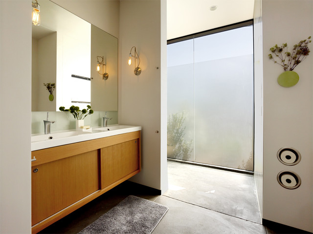 Toilet Tissue Holder Bathroom Modern with Concrete Floor Frosted Glass Frosted Glass Window Large Window
