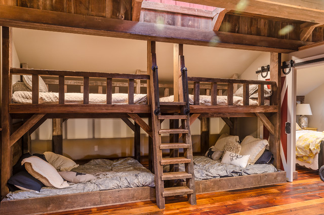 Twin Over Full Bunk Bed with Trundle Bedroom Farmhouse with Antique Floor Bunk Beds Bunk Room Cedar Shake Clubhouse