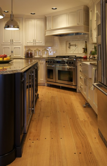 Uline Beverage Center Kitchen Traditional with Apron Sink Electrolux Farmhouse Sink French Door Refrigerator Glass