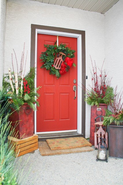 urn planters Entry Traditional with Christmas accents christmas containers christmas decor Christmas decorations Christmas