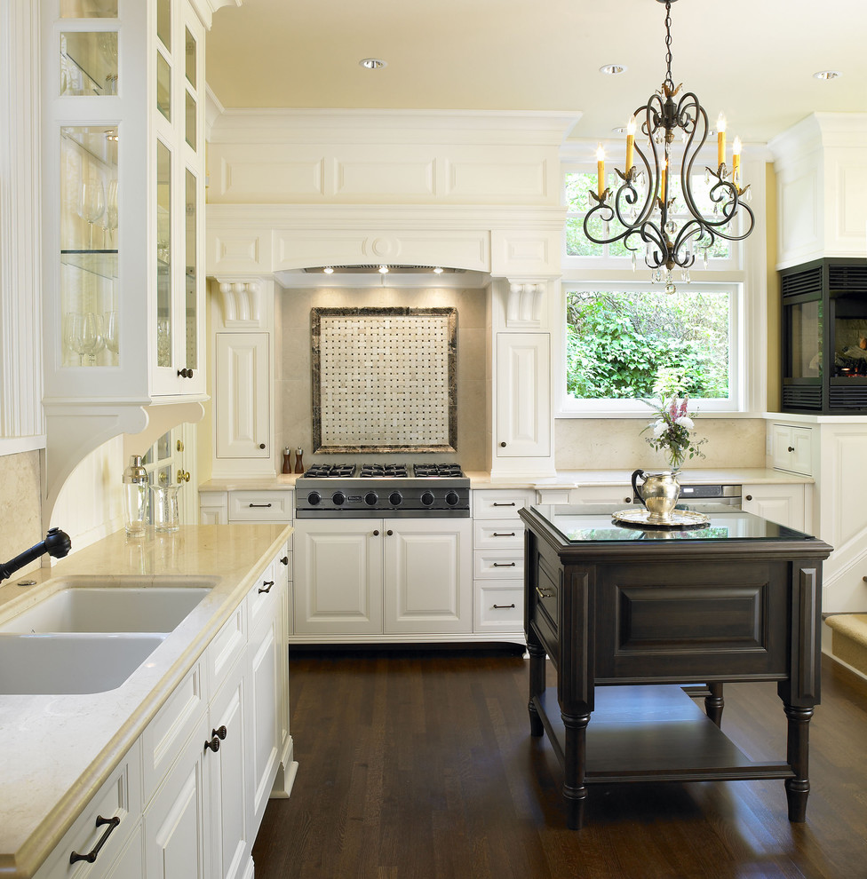 Viking Cooktop Kitchen Traditional with Ceiling Lighting Chandelier Wood Flooring Crown Molding