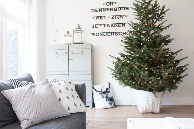 Wicker Basket with Lid Living Room Scandinavian with Christmas Christmas Tree Decorative Pillows Garland Lanterns My Houzz