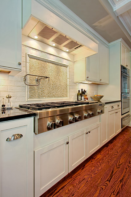 Wolf Cooktops Kitchen Traditional with Beige Ceiling Beige Mosaic Tile Stove Backsplash Cooktop Double