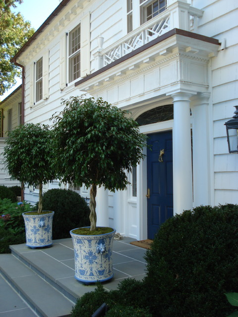 wooden planter boxes Entry Traditional with CategoryEntryStyleTraditionalLocationNew York