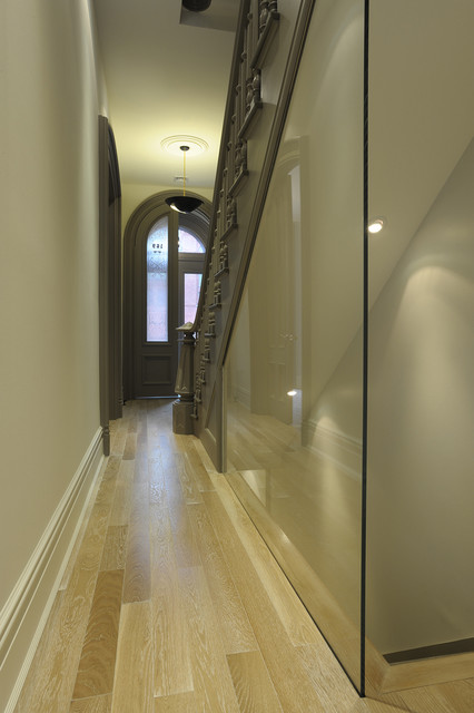 Botkier Entry Victorian with Arch Banister Baseboard Ceiling4