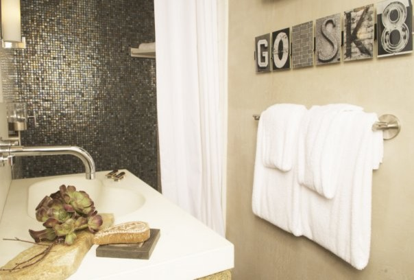 Buster Crabbe Pools Bathroom Contemporary with Categorybathroomstylecontemporarylocationorange County