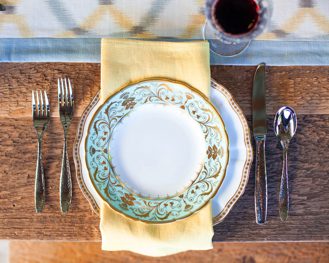 Charger Plates Wholesale Dining Room Traditional with Al Fresco Blue Border