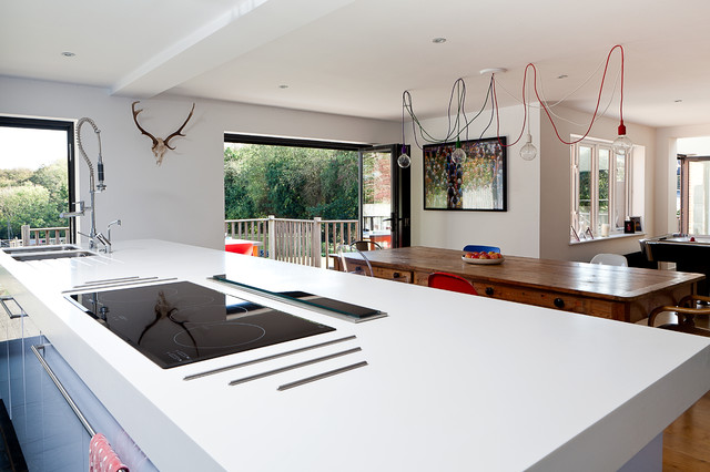 Cooktop with Downdraft Kitchen Contemporary with Bi Fold Doors Blue