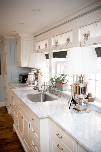 Cordless Shop Vac Kitchen Farmhouse with Ceiling Lighting Chrome Table